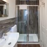 TrustyS Bathroom 2